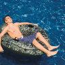 Надувное кресло для плавания
